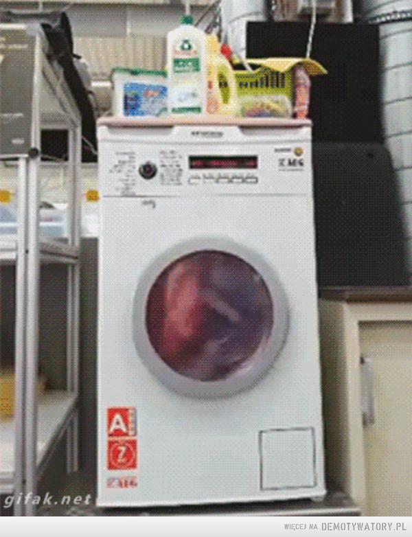 Światło... w pralce –
