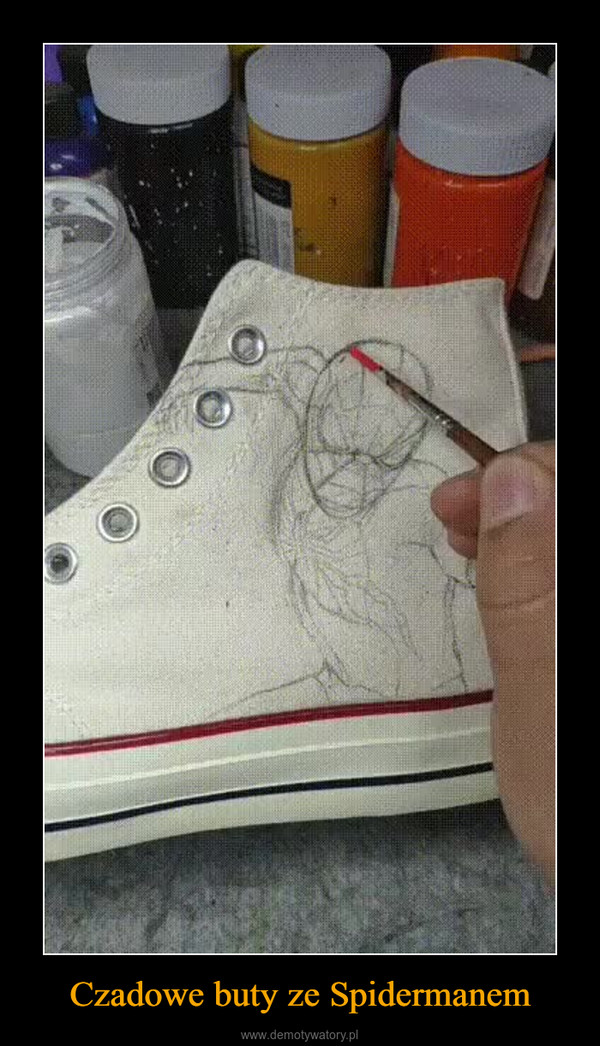 Czadowe buty ze Spidermanem –